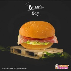 Dunkin Donuts Bacon, Coleslaw and Tomato Bunwich